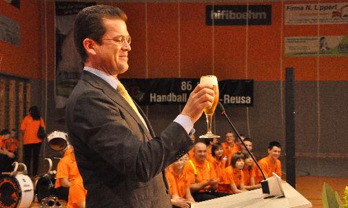 Ein Bier für Guttenberg
