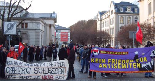 "Demonstration in Plauen gegen ""Oseberg"" Laden. Foto: Reißmann"