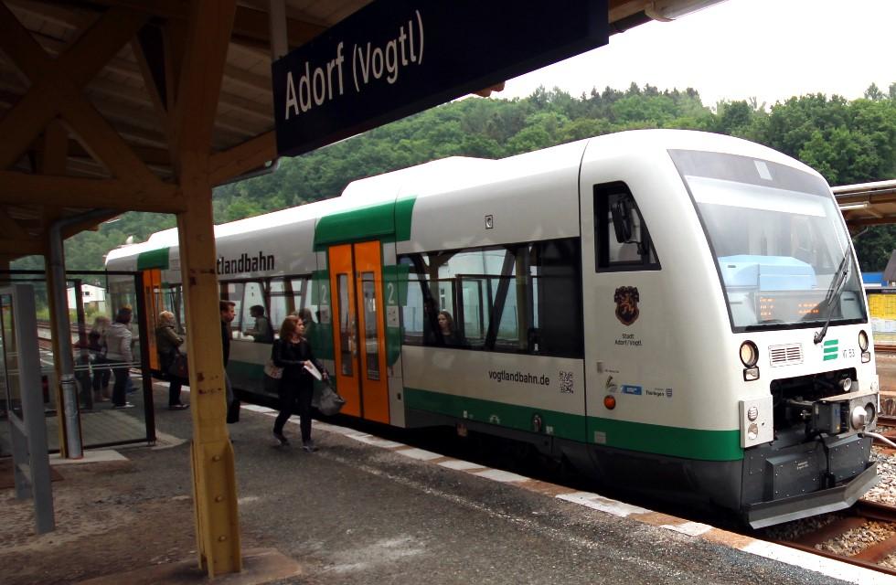 Von Plauen nach Karlovy Vary nun auch sonntags