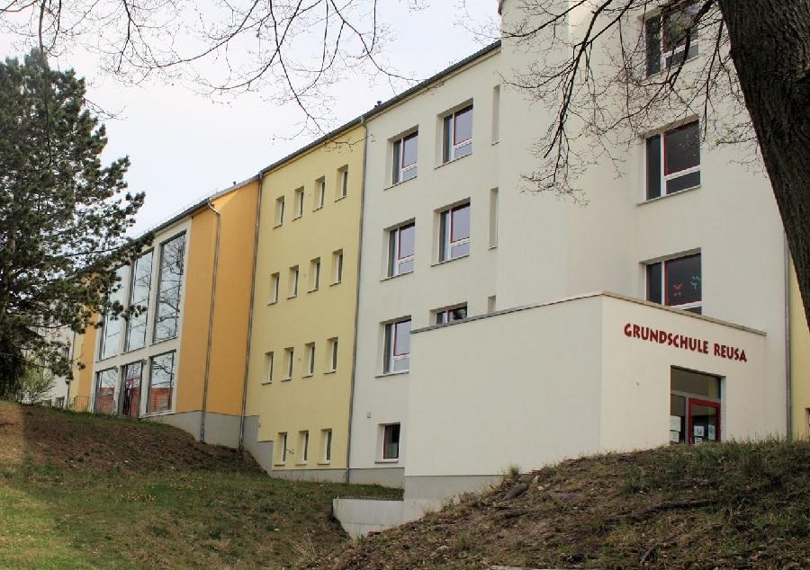 Brand in Grundschule Reusa: 130 Schüler evakuiert