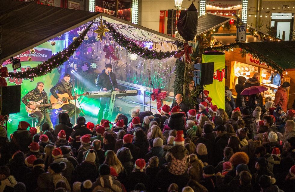 MDR Jump Weihnachtsmarkt-Tour feiert in Plauen Finalshow