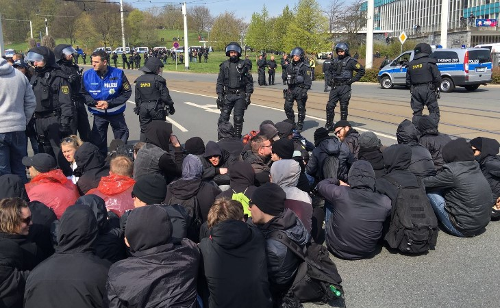 Polizei setzt bei Protesten in Plauen Pfefferspray ein