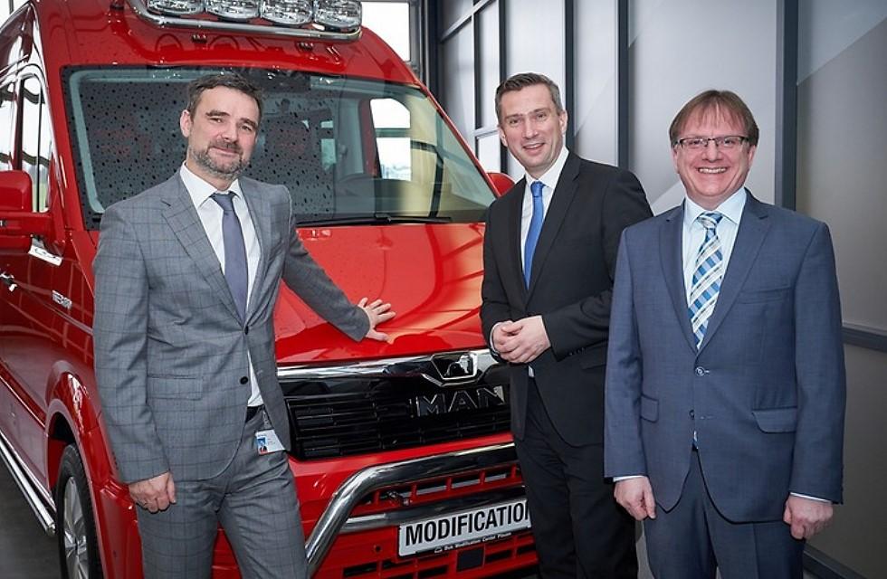 Entwicklung im BMC Plauen begeistert Wirtschaftsminister