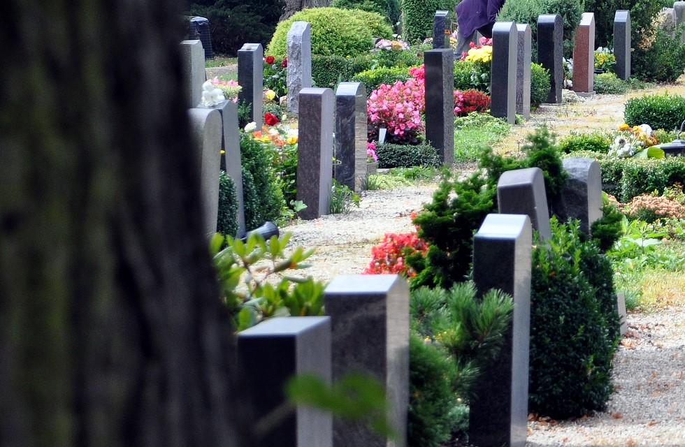 Friedhof in Plauen verschandelt