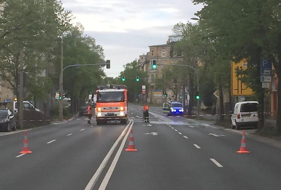 Friedensstraße: Radfahrer wird von Auto erfasst und stirbt