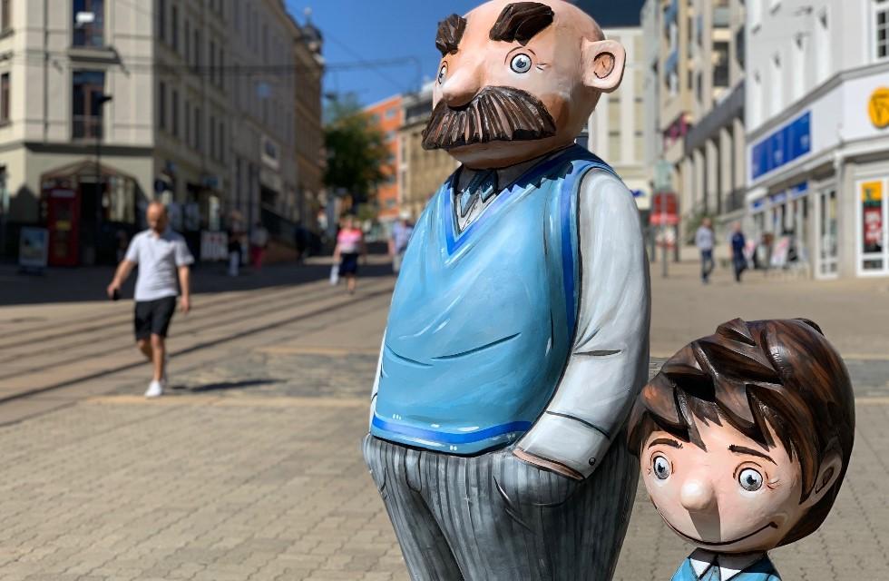 Plauen begeistert über Vater & Sohn Figuren