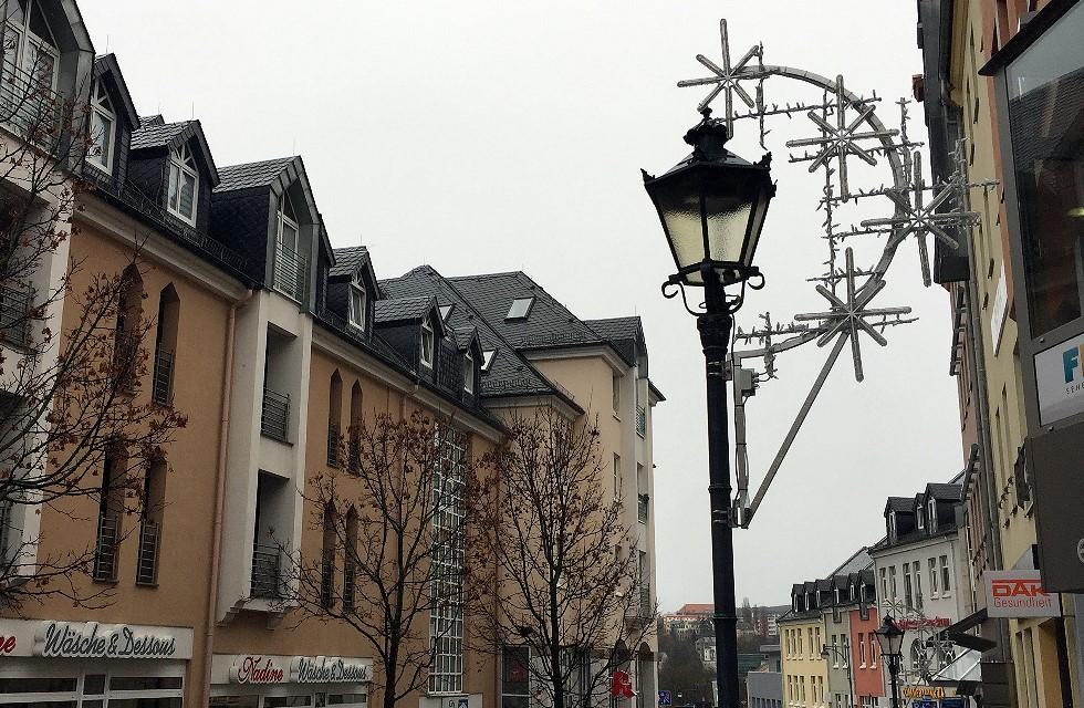 Weihnachtsbeleuchtung jetzt auch auf der Klosterstraße