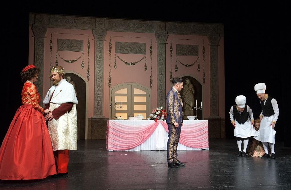 König-Drosselbart-Plauen-Theater-Stück