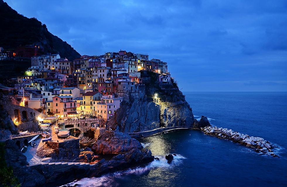 Landschaft-Cinque-Terre ©Holidu