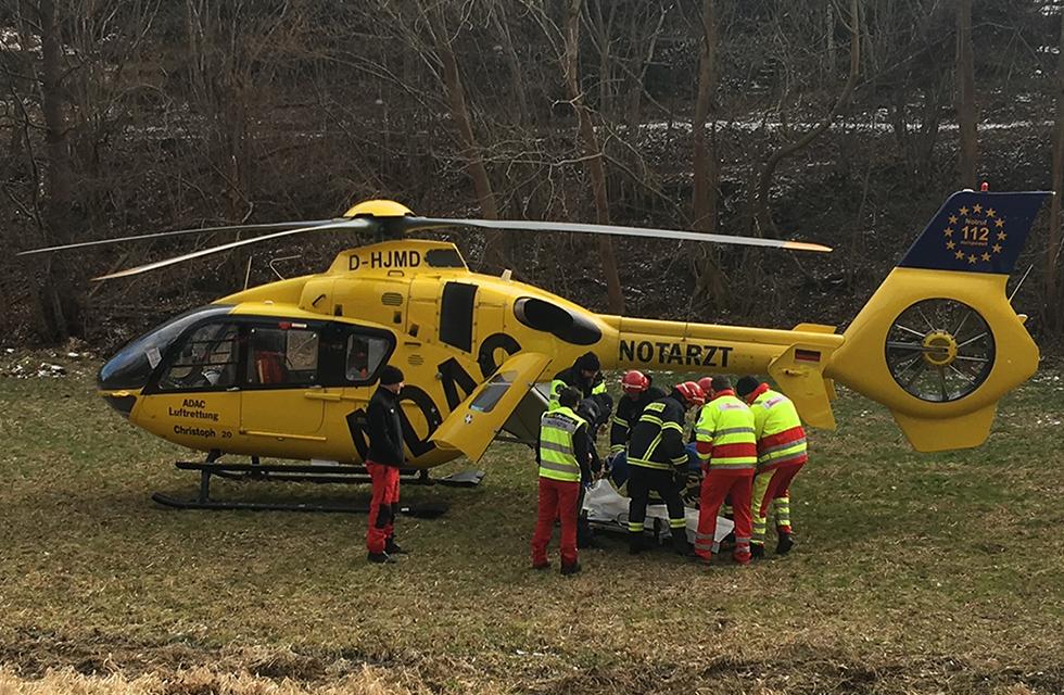 Spitzenstadt-Unfall-B173-Plauen-Vollsperrung-Hubschrauber-Vogtland