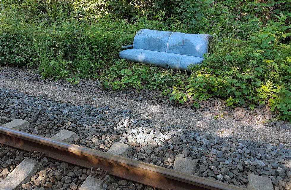 Bahnstrecke-Bundespolizei-Vogtland-Sofa