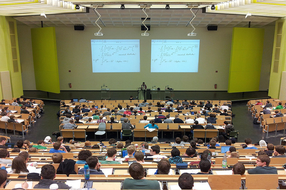 Studium-Universität-studieren-Uni-Abitur-Spitzenstadt-Plauen-Vogtland-Vorlesungssaal