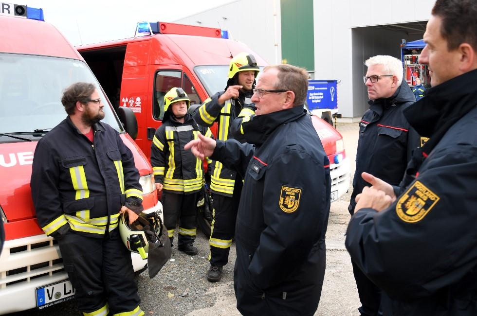 Alarmierungsübung im Vogtland ruft Gefahrgutzug auf den Plan