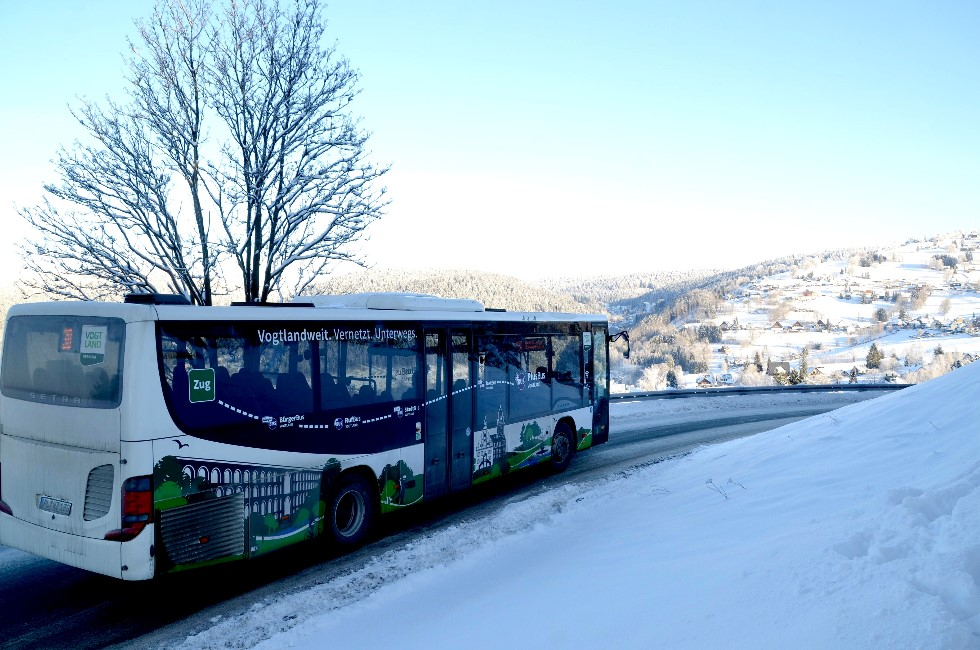 ÖPNV im Vogtland rollt auch bei Eis und Schnee