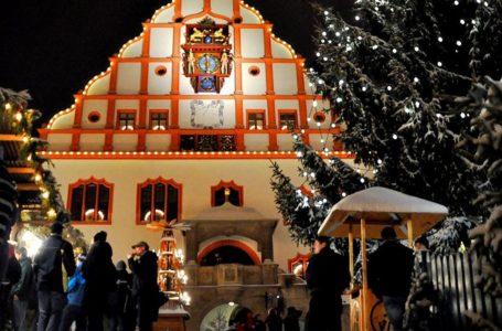 Plauener können sich auf den Weihnachtsmarkt freuen. Foto: Archiv/Spitzenstadt.de