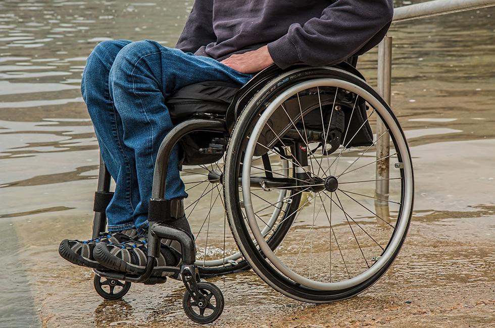 Behinderung-Rollstuhl