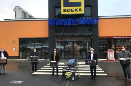 EDEKA übergibt FFP2-Masken und Corona-Schnelltests
