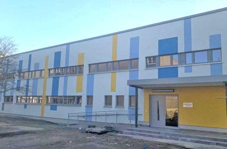 Turnhalle der Wartberg-Grundschule in Plauen generalsaniert