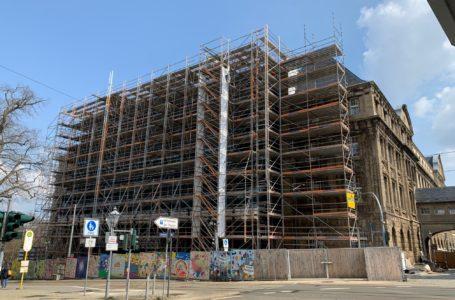 Fassaden-Sanierung an Plauener Rathaus auf Zielgerade