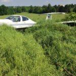 Flugzeug in Auerbach bei Landung verunglückt