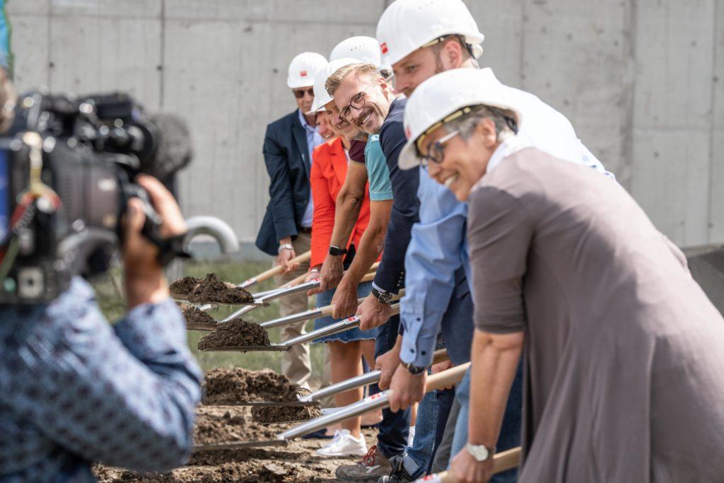 Spatenstich für die neue Hafermühle in Oberlosa - Foto: Rubin Mühlen / Stephan Roßner